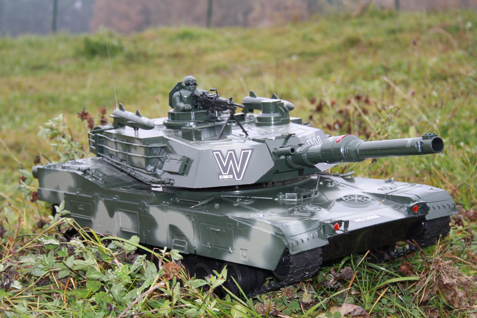 rc panzer leopard 2 fast 3 4 meter lang schussfunktion. Black Bedroom Furniture Sets. Home Design Ideas