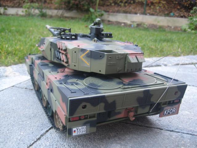 rc panzer leopard 2 kampfpanzer bundeswehr auto schiesst. Black Bedroom Furniture Sets. Home Design Ideas