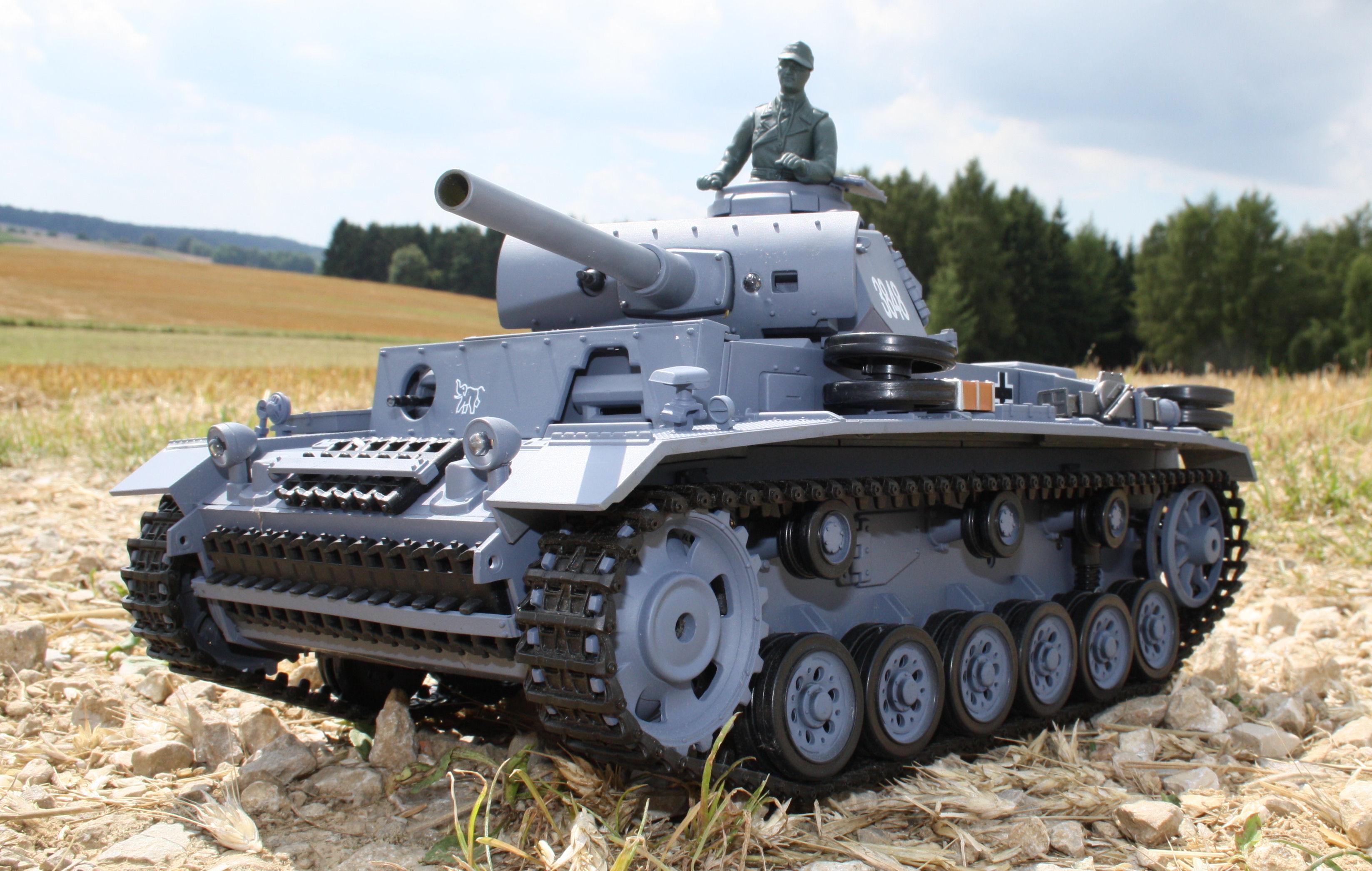 rc kampfpanzer panzerkampfwagen 3 mit schussfunktion. Black Bedroom Furniture Sets. Home Design Ideas